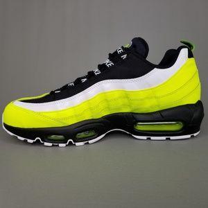Nike Air Max 95 PRM Volt Glow Athletic Shoes 9.5 NWT